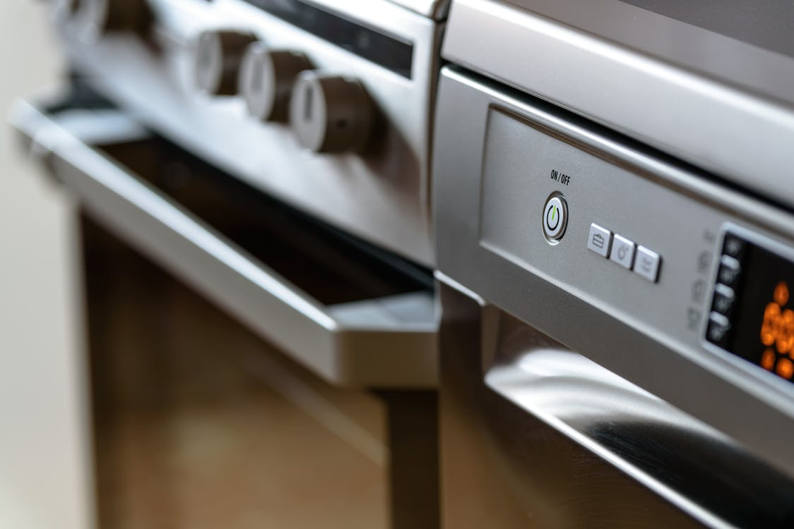 Des solutions créatives pour cacher la porte d'entrée de votre lave-vaisselle