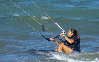 S'équiper du nécessaire pour débuter en kitesurf