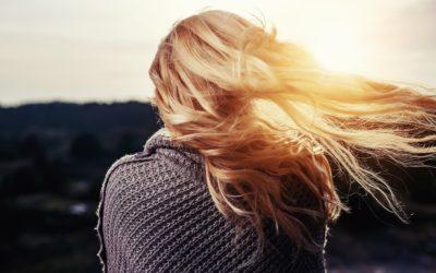 Prendre soin de ses cheveux : quelles solutions privilégier ?