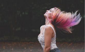 Beauté des cheveux : comment soigner les cheveux secs et abîmés?