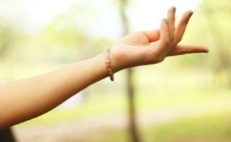 Porter un bracelet, pourquoi un bracelet chemin de vie ?